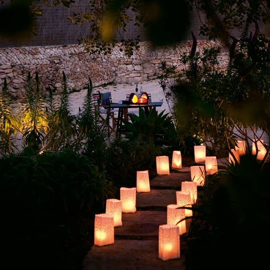 outdoor lighting idea - styling with tea light paper bags